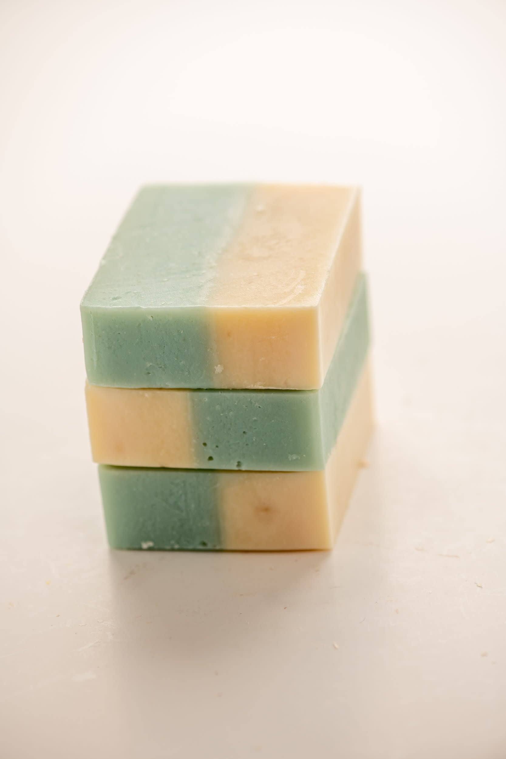 Chicago Soaps | Cold Process Soap | Palm Free Soap | Oakmoss + Amber Soap