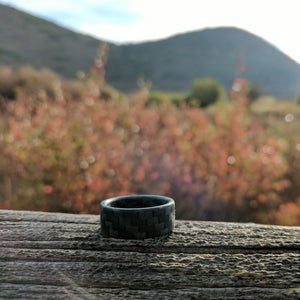 Glowing carbon fiber ring outside