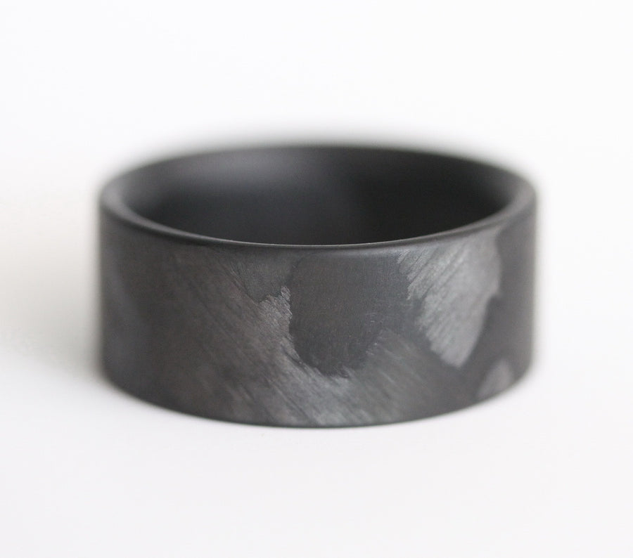 The angled weave of our filament carbon fiber ring