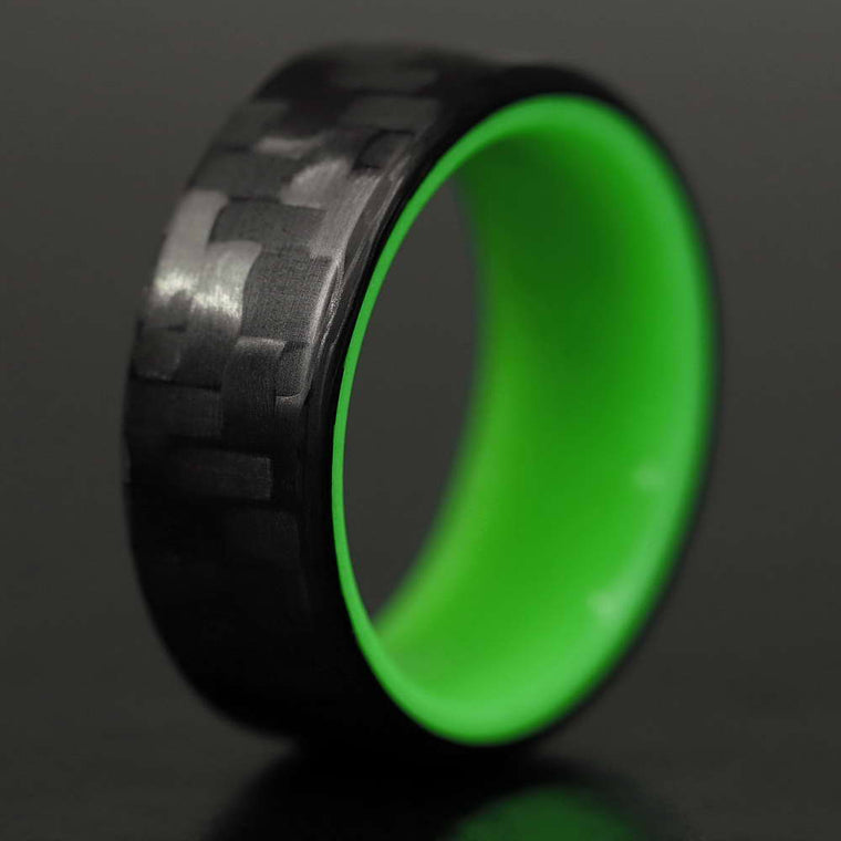 The Kiwi - Twill Carbon Fiber Ring +Green Chroma Glow Liner