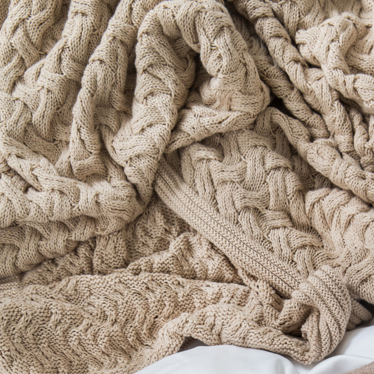 Cable Knit Blanket