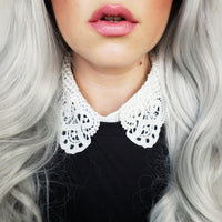 Dainty Lace Collar
