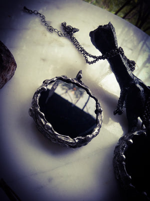 ~ The Obsidian Oracle ~ Scrying & Warding Magic