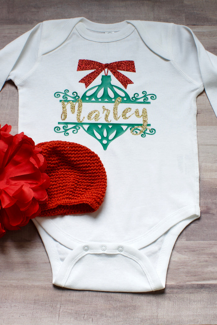 Personalized Ornament Onesie - White, HOLIDAY - itsmypartykids