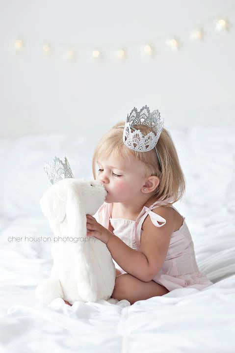 White Mini Crown, CROWNS - itsmypartykids