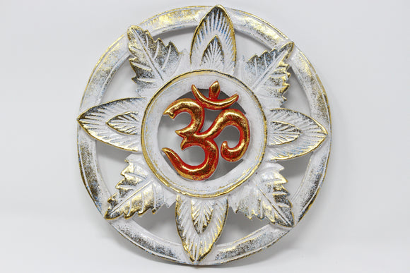 Om Laurel Wood Wall Hanging