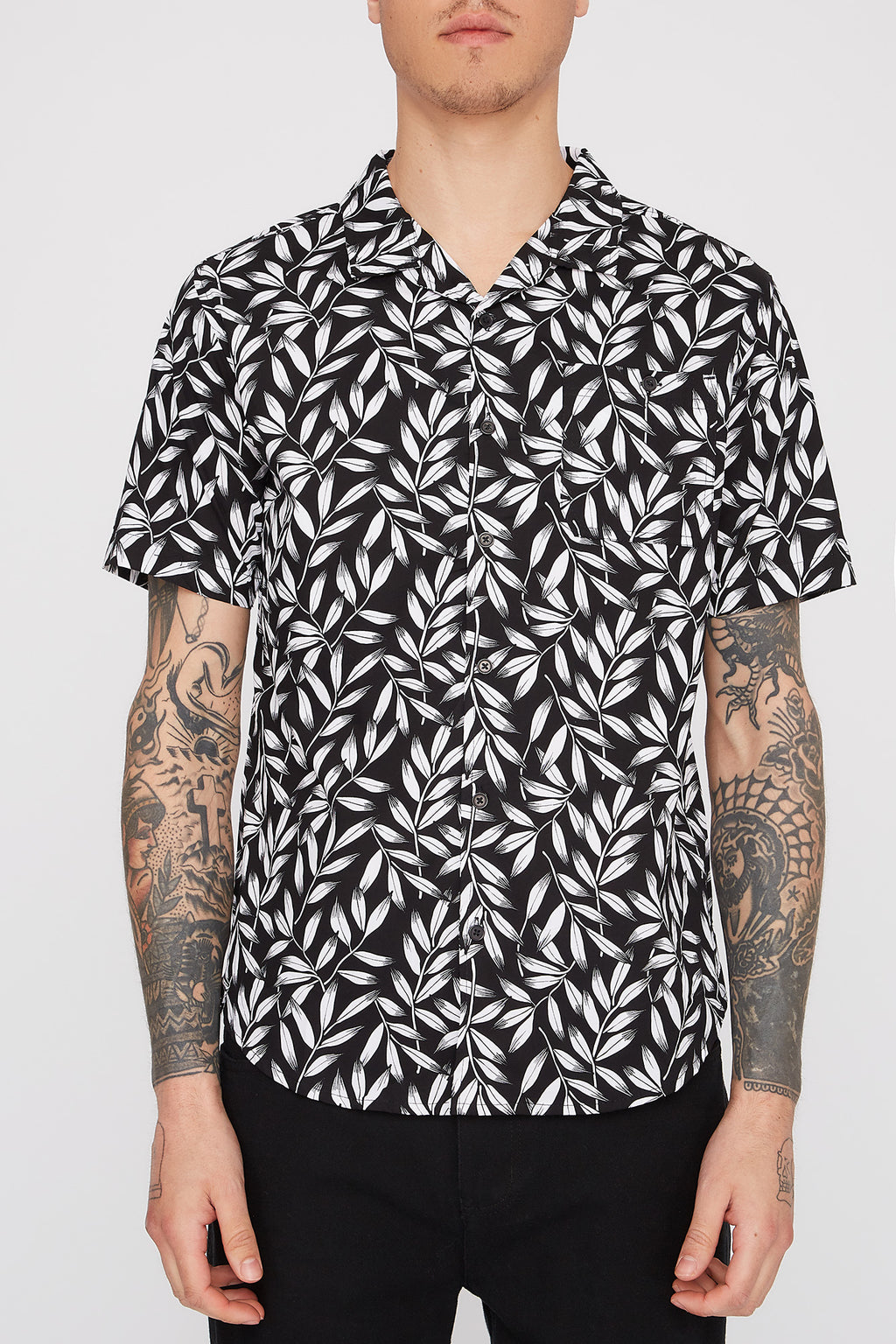 West49 Mens Black Floral Button Up Shirt