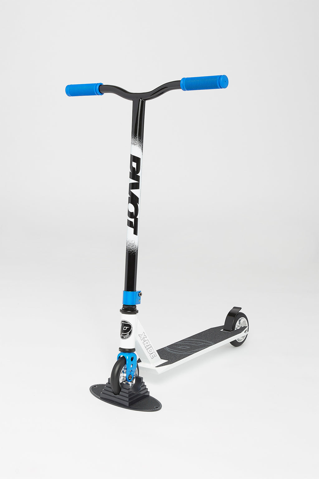 Pivot X-Ride 9 White and Blue Scooter