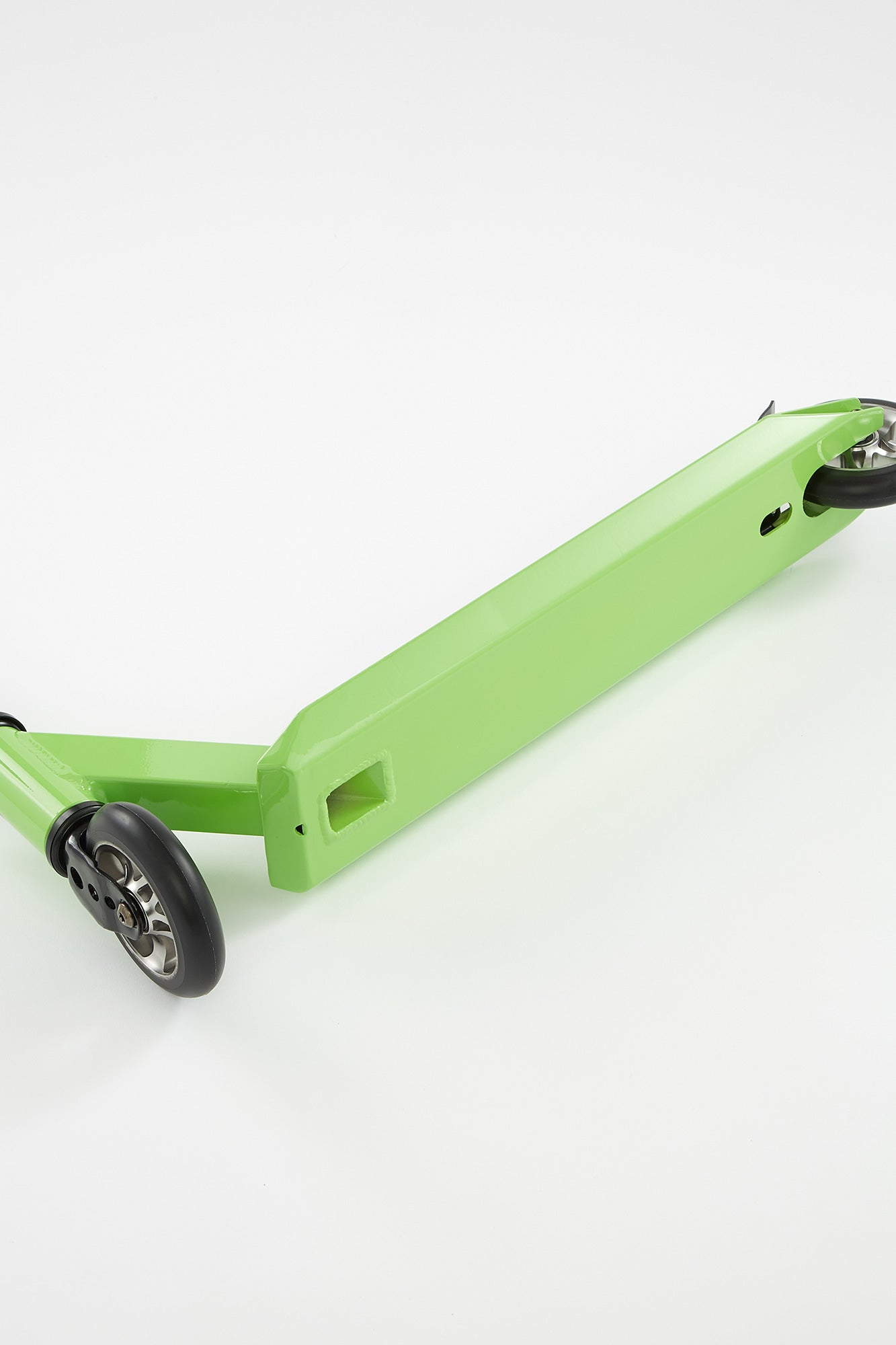 Pivot X-Ride Green and Black Scooter