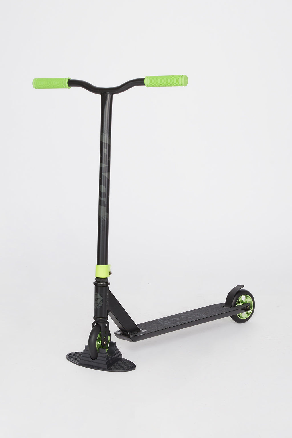 Pivot X-Ride Black & Green Scooter