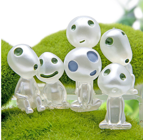 Glow in the dark mini kodama figures