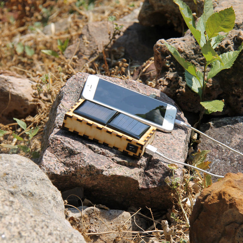Solar USB Portable Charger Kit