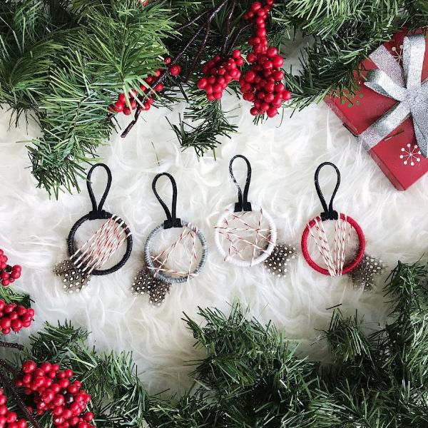 Christmas Party Favors│Small Dreamcatcher Party Favors | Bast + Bruin