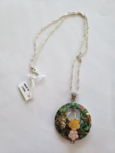 Lee Sands Abalone/Mother of Pearl Flower Necklace