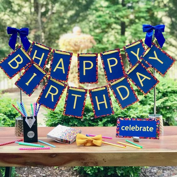 adult birthday party table centerpiece