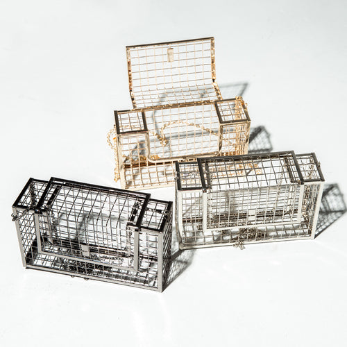 Cage Metal Retro Clutch