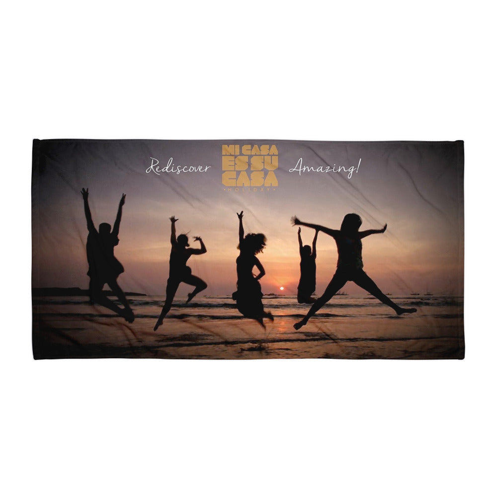 Mi Casa Holiday Rediscover Amazing Beach Towel