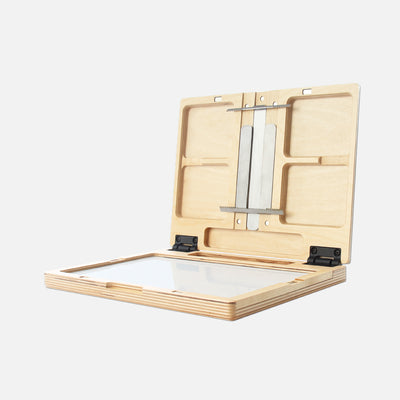 "u.go Plein Air Anywhere Pochade Box, 8.4"" x 11.25"" model"