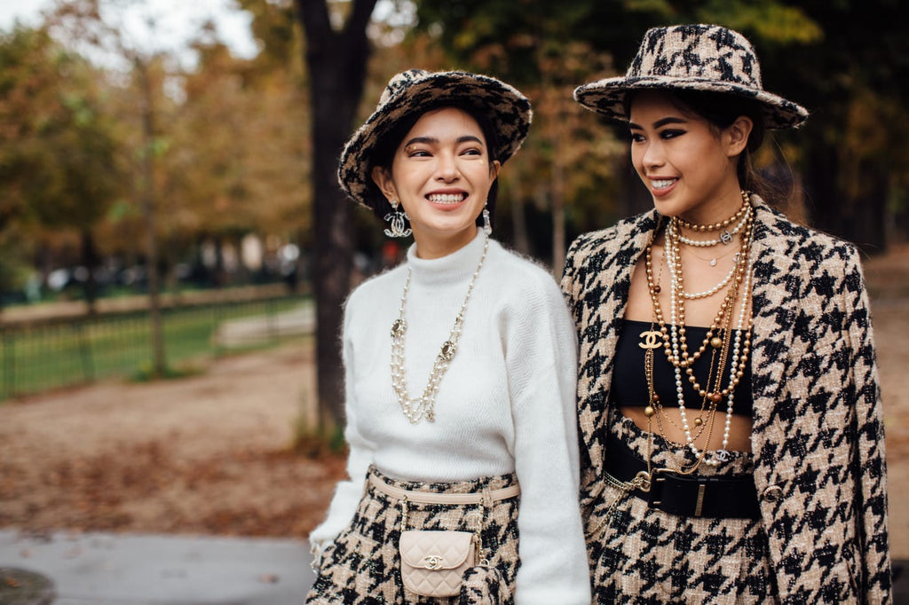 Girls in Chanel jewellery, streetstyle at Paris Fashion Week Spring 2020