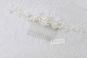 Vintage bridal hair pieces handmade by Singapore jewellery artist. Bespoke and custom made wedding accessories available.