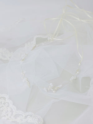 Bridal headpiece delicate handmade hair vine with pearls and silver leaves