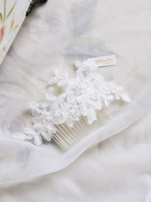 Handmade white lace hair comb, classic bridal look, luxury wedding headpiece Singapore