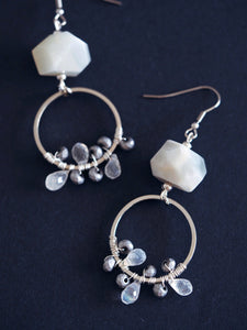Isadora earrings in Moonstone (Exclusive)