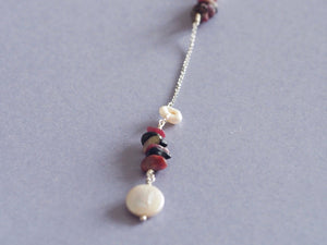 Rhodonite and freshwater pearl necklace