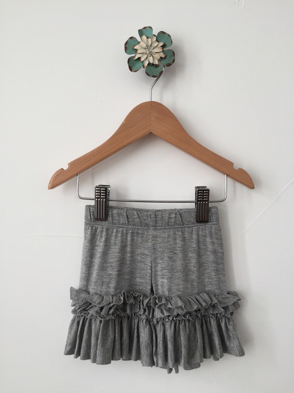 Pantaloons with Ruffles - Gray