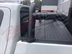 MITSUBISHI TRITON 2015on ROLLER SHUTTER COVER Tonneau suits Factory Sports Bar Secure