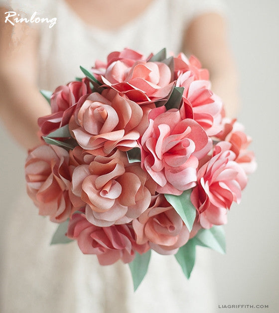 DIY rose wedding bouquet