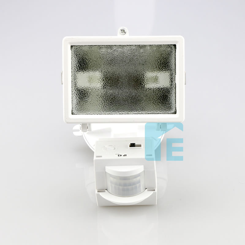 Chamberlain Sensor Light White Halogen Head With 110° Sensor
