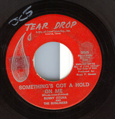 "Sunny & The Sunliners - Something's Got A Hold On Me / Teenage Promise (7"", Single) (G+)"
