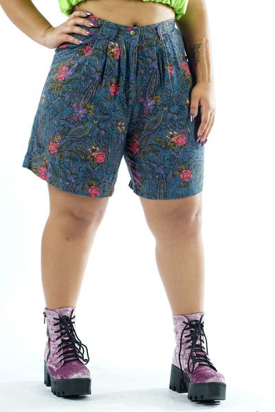 Vintage 80s/90s Floral Blue High Waisted Denim Shorts - L
