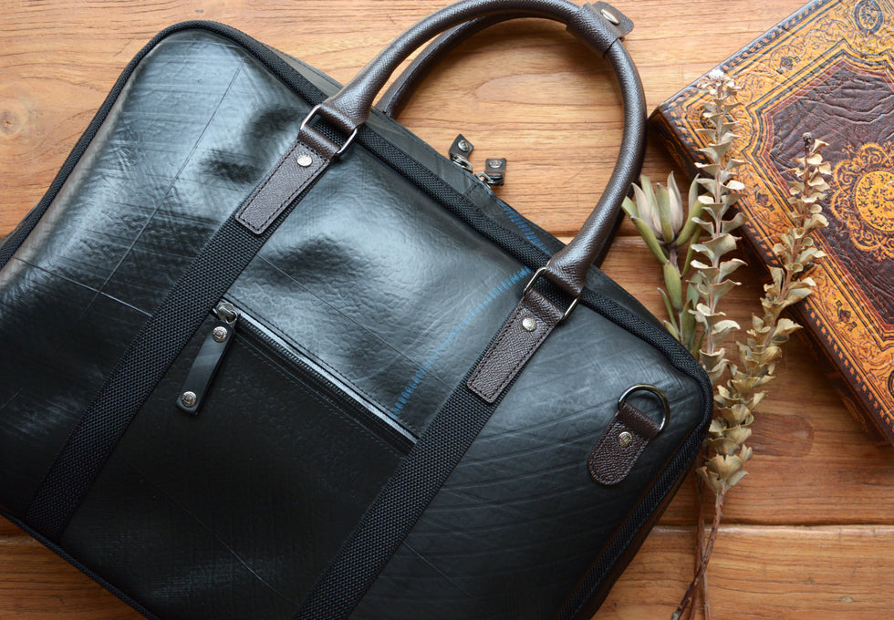 SEAL Recycled Tire Tube Made In Japan Briefcase