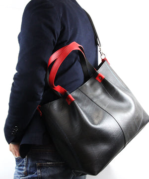 SEAL Japan Made Carry-All Tote PS059 RED Model Carrying View
