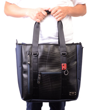 SEAL Recycled Tire Tube Men's Tote Bag PS151 NAVY Hand Carry View