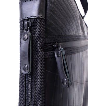 SEAL Expandable Slim briefcase PS155 Zipper Close Up
