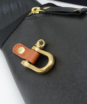 SEAL Morino Canvas Bum Bag MS0250 Gold Signature Shackle