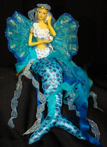 TURQUOISE Mermaid Tail Doll Clam Shell Wing
