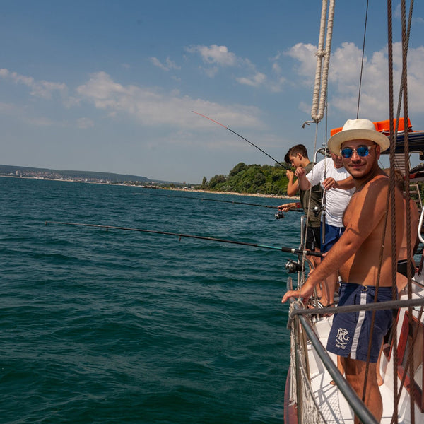 Feel all the pleasures of the sea in a day with banana yacht party. Varna