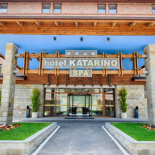 Golden Autumn in SPA Hotel Katarino for Two. Razlog