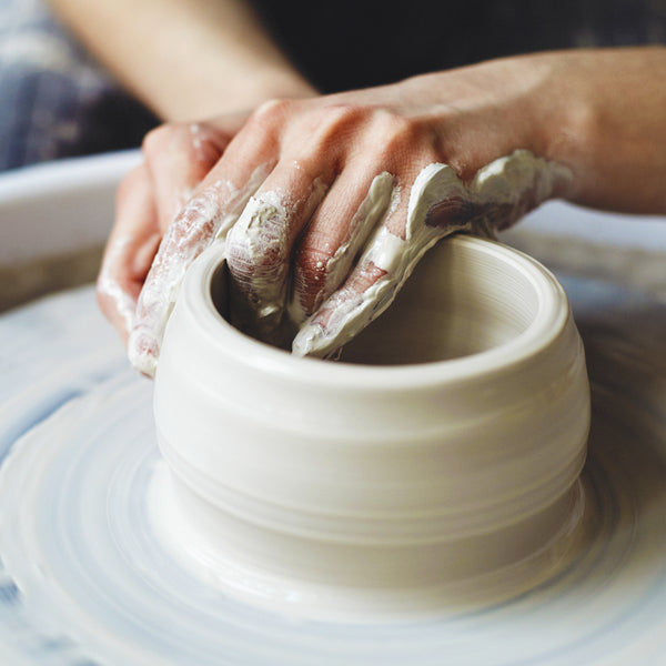 Ceramics for the soul – pottery or painting on glass lessons. Sofia
