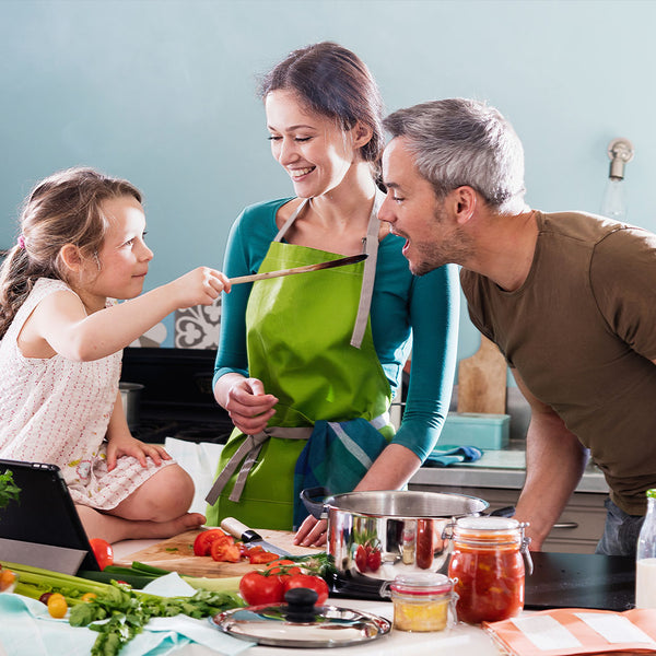 """Mom, Dad and We"": culinary course with Elena Petrelliyska and Niki Krasimirov"