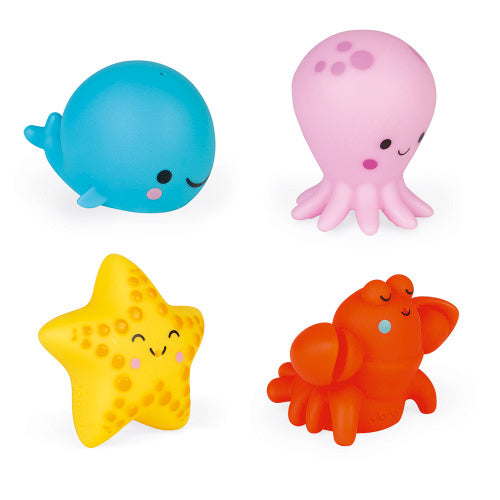 Close up of the 4 animals included in the Sea Creatures Bath Squirties Bath Toy