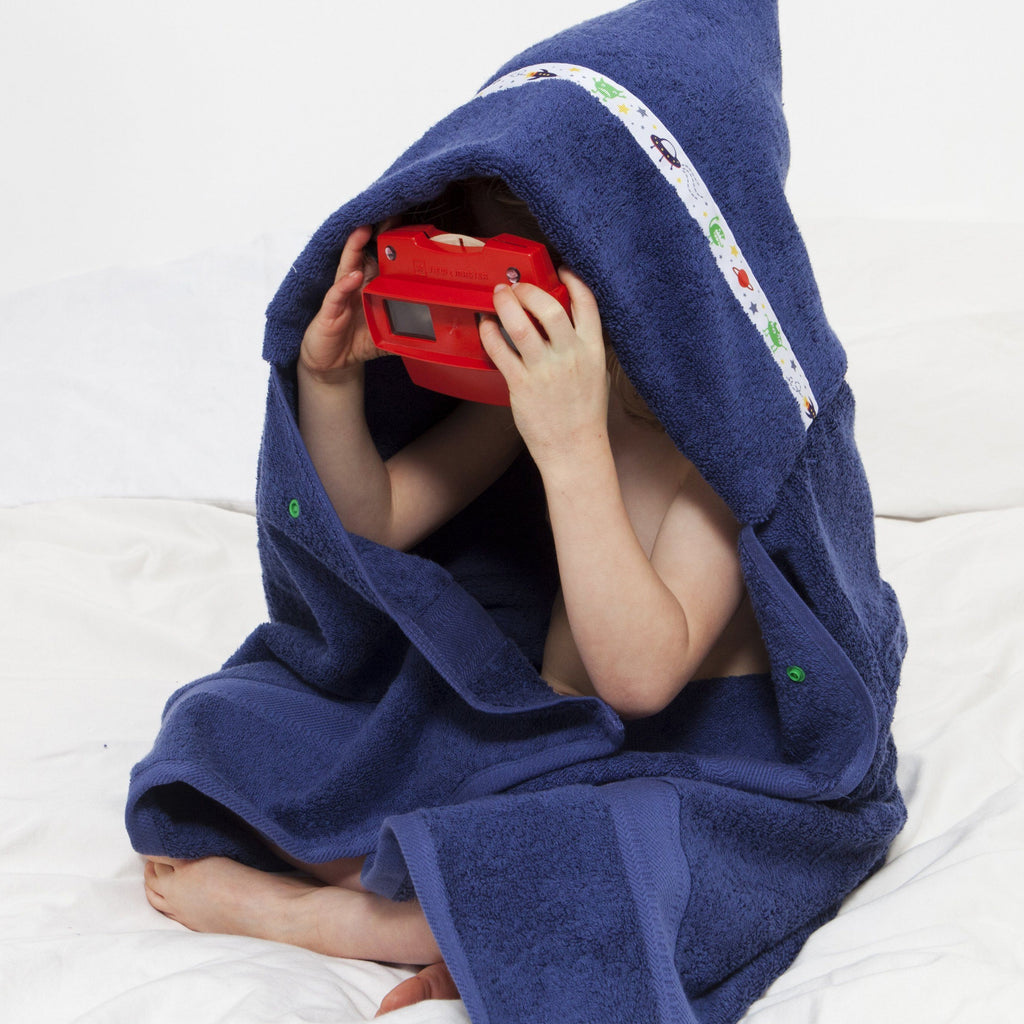 Hooded Towel - Alien Invasion Hooded Towel (Standard)
