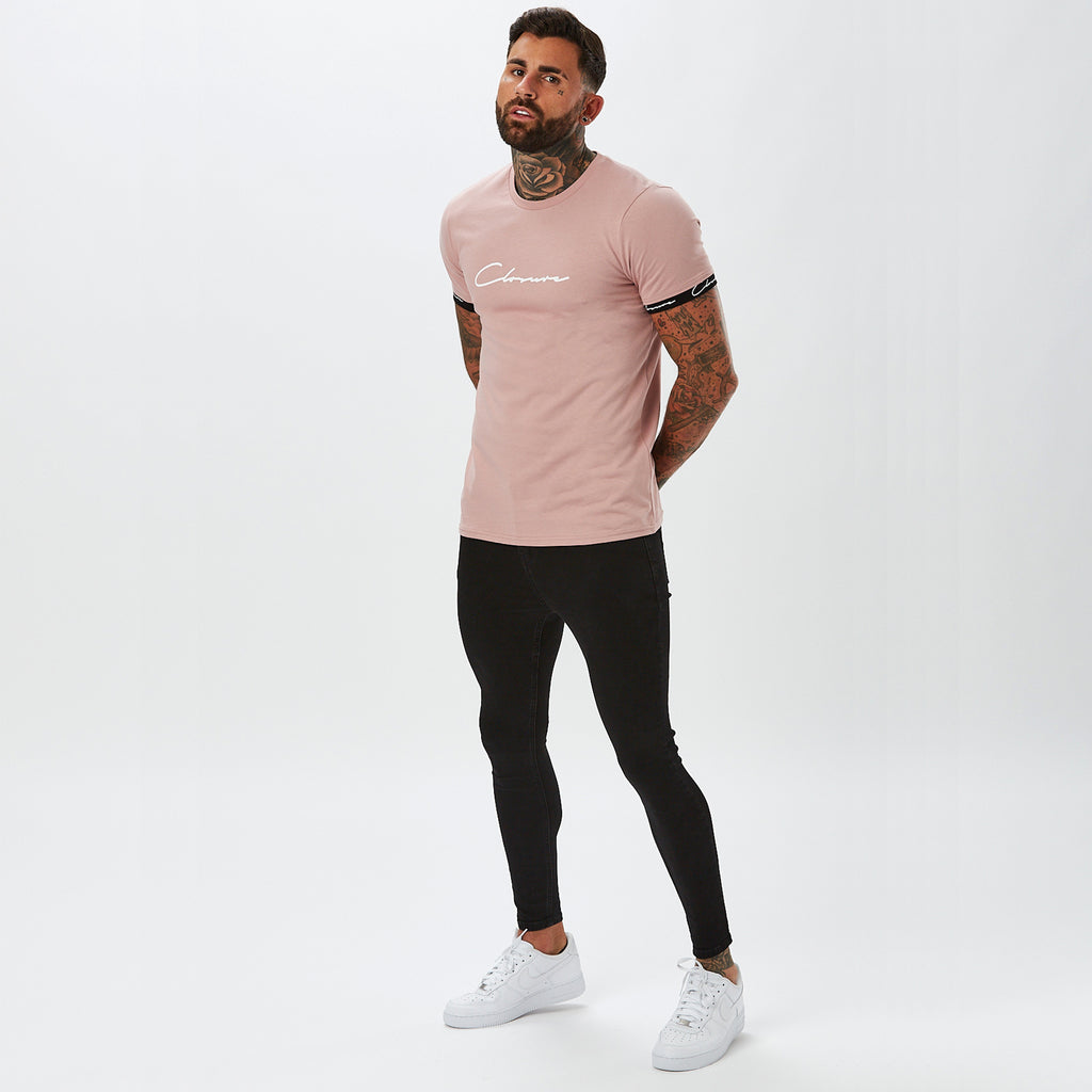 Hidden Logo Band Tee | Dusty Pink