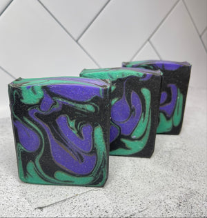 Load image into Gallery viewer, Witches Brew Artisan Goats Milk Soap