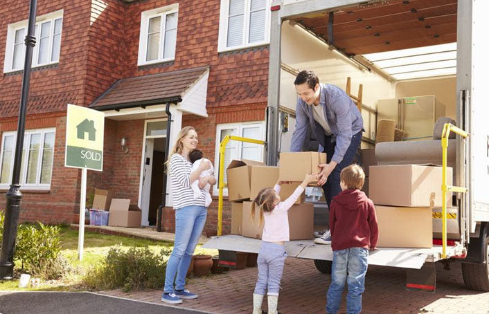 How to Pack for Moving Day: 8 Packing Tips for a House Move