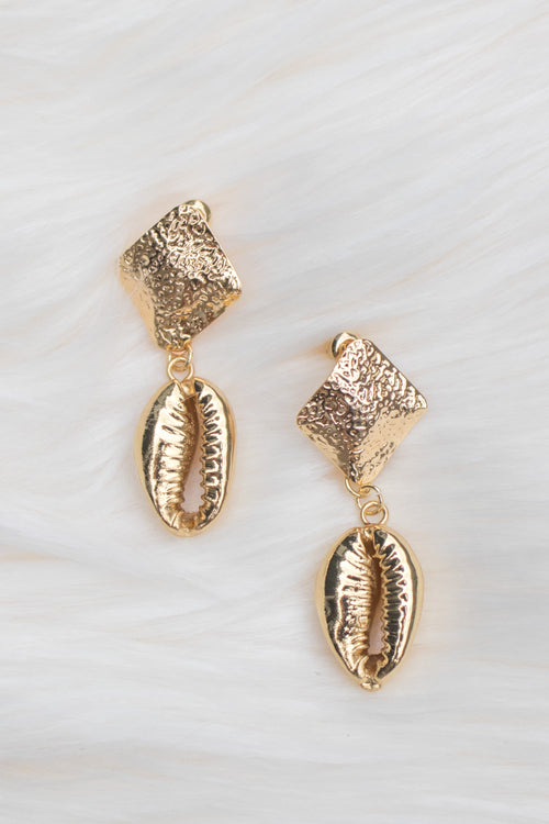 Stevie Cowrie Shell Earrings - Gold